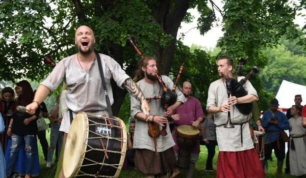 9 сентября - Международный музыкальный этнический фестиваль «Музыка наших сердец»