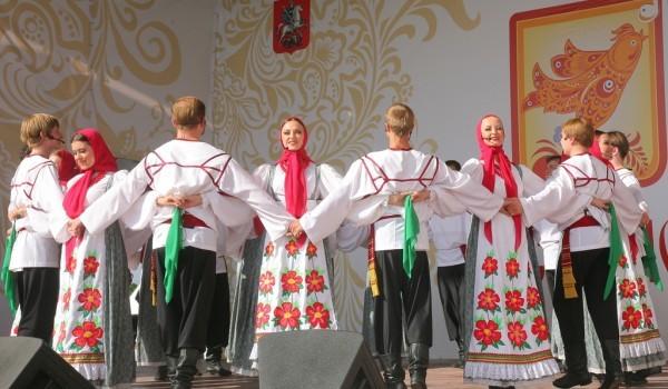 7 августа - фестиваль славянского искусства «Русское поле»
