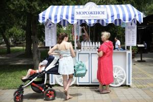 Посетители площадок «Лето в городе» смогут попробовать жареное мороженое и азиатские мини-бургеры