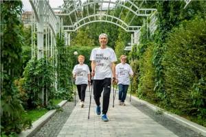 Участников «Московского долголетия» приглашают присоединиться к соревнованиям по фоновой ходьбе «Человек идущий»