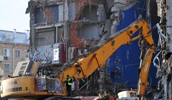 В Москве демонтирован долгострой на улице Введенского